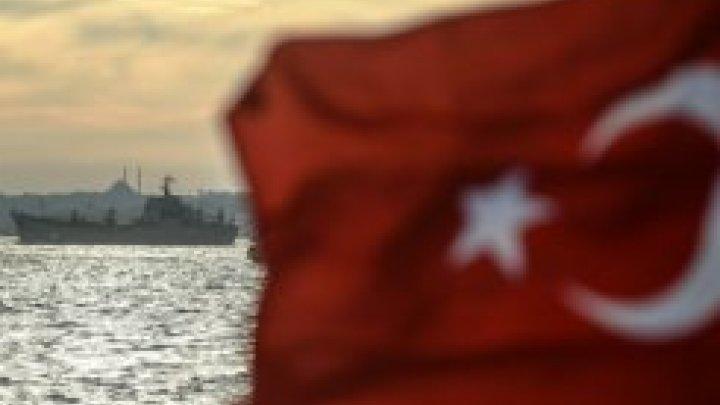 الجيش التركي يعتقل العشرات من بينهم أطفال حاولوا عبور الحدود من سوريا