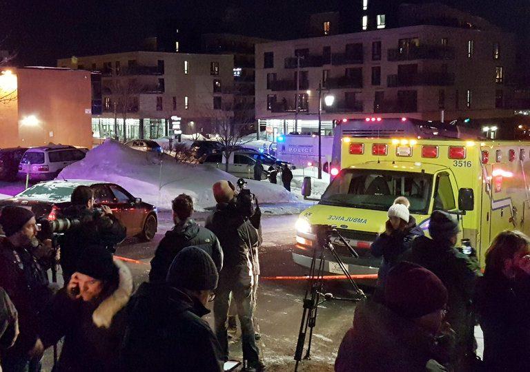 مقتل عدد من المصلين في حادثة إطلاق نار في إقليم كيبك في كندا