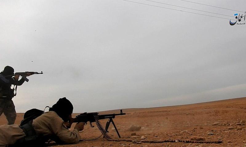"""تنظيم داعش يعلن مقتل 100 عنصر لـ""""قسد"""" غرب الرقة"""