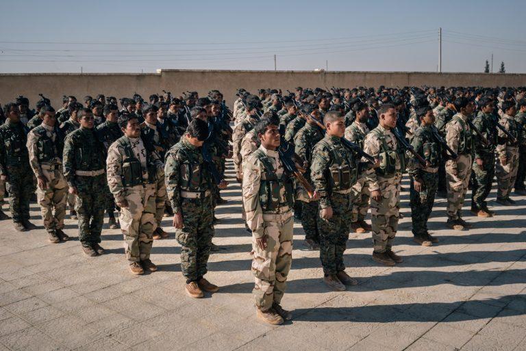 """""""تقرير لوشنطن بوست"""": الميليشيات الكردية في شمال سوريا تستخدم المساعدات الامريكية لنشر ايديولوجيا اوجلان قبل التدريب العسكري"""