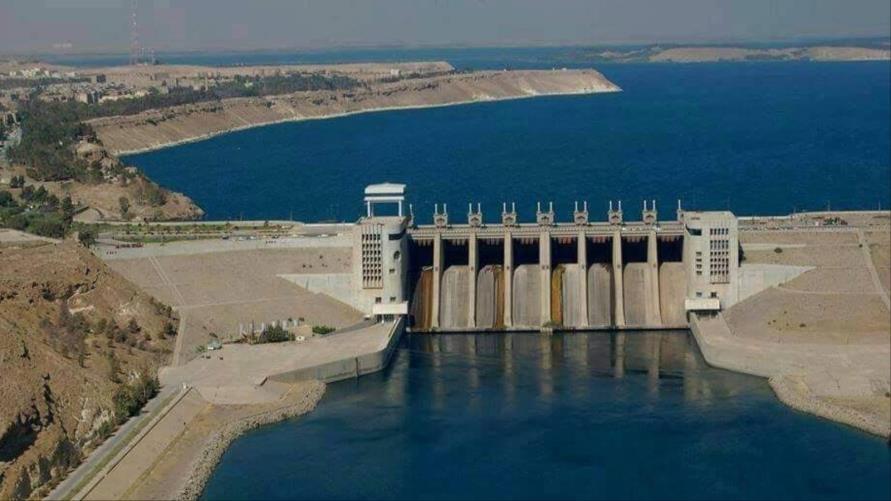 مهندسين يطلقون نداء للعالم لوقف انهيار سد الفرات  ويضعون خطة للسيطرة على السد