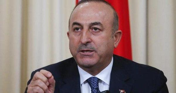 تركيا تدعو للإطاحة فوراً بالأسد وإقامة منطقة حظر جوي