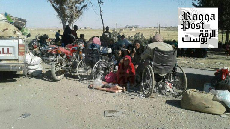 الرقة :مليشيات صالح مسلم توقف الكفالات وتعيد النازحين لخطوط الاشتباكات مع تنظيم الدولة الإسلامية داعش