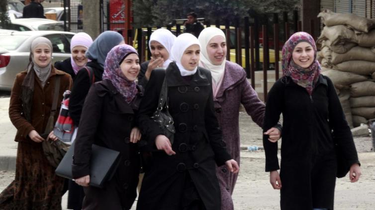 القبيسيات.. نافذة على أكبر تنظيم ديني للنساء بسوريا