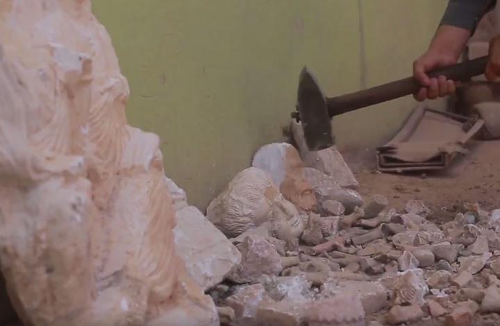تنظيم داعش يحطّم آثارا تاريخية في سوريا