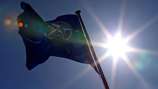 """الناتو يصادق اليوم على انضمامه للتحالف ضد """"داعش"""""""