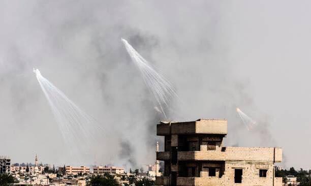 طيران التحالف الدولي يقصف الرقة بالفوسفور الحارق للمرة الثانية
