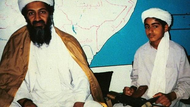 """هل يقود حمزة بن لادن """"القاعدة"""" إلى حقبة جهادية جديدة؟"""