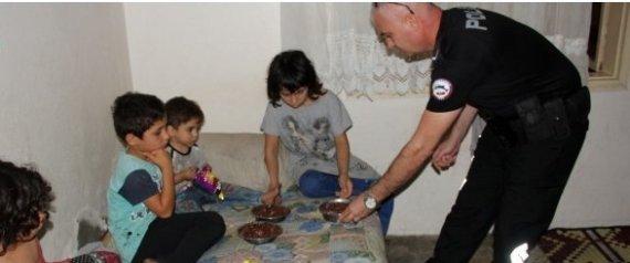 الشرطة التركية تقتحم منزلاً فيه 4 أطفال سوريين بعد تخلي والدتهم عنهم