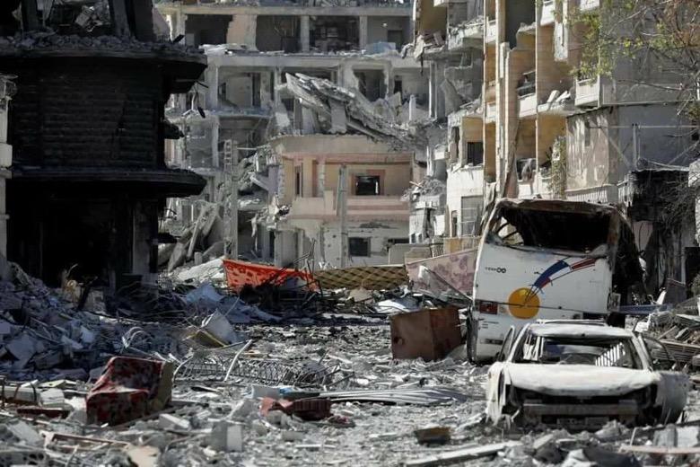 اسبوع على السيطرة ولاتزال جثث المدنيين تملئ شوارع الرقة