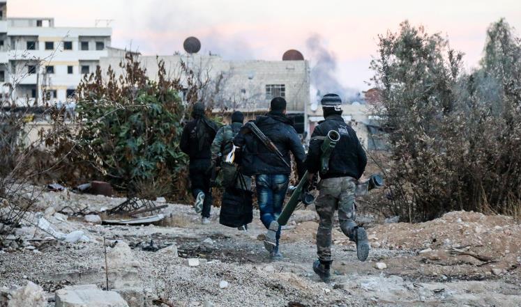 النظام وميليشياته يبدأ هجومًا بريًا شرق دمشق