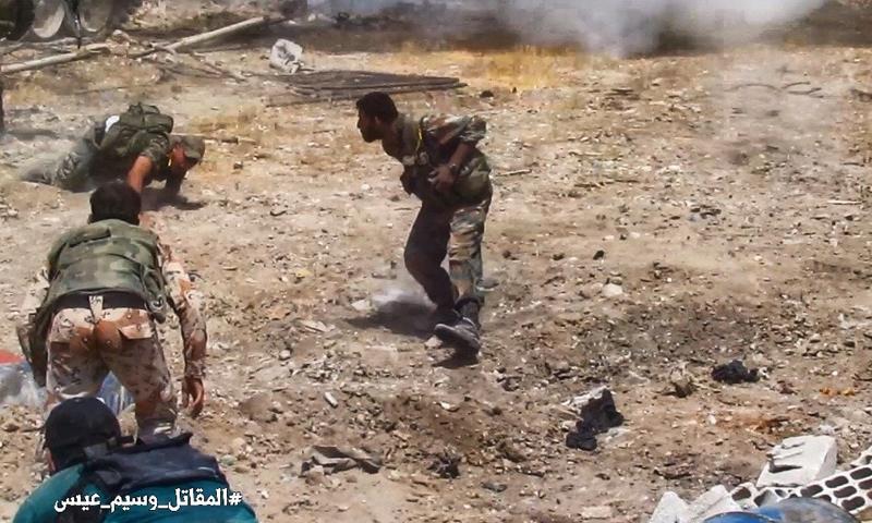 أكثر من 100 قتيل وقياديون.. خسائر الأسد على أبواب الغوطة