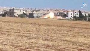 """""""داعش"""" يتبنى تفجير استهدف """"تحرير الشام"""" في إدلب (فيديو)"""