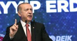 """أردوغان يؤجل عملية شرق الفرات لـ """"فترة"""""""