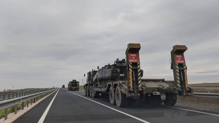 تركيا ترسل تعزيزات عسكرية للمرة الأولى إلى المناطق المتاخمة للحسكة (صور)