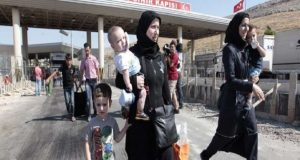 """من هم المستفيدون من قرار تركيا المتعلق بإعادة """"الكملك"""" للسوريين؟"""