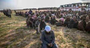 التحالف يسلم 280 من الأسرى العراقيين والأجانب للعراق