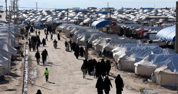 عودة 32 عائلة من مخيم الهول إلى منبج بكفالة عشائرية