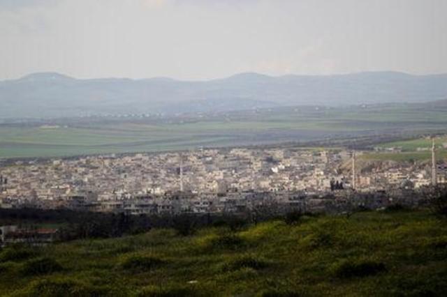 فرار عشرات الآلاف من هجوم تقوده روسيا على ريفي إدلب وحماة