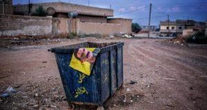 """انسحاب المليشيات الكردية من رأس العين وتجمع لأنصارهم في تل تمر يستقبلونهم بـ""""الزغاريد""""!"""