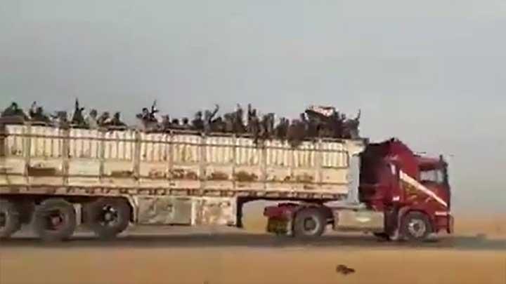 التلفزيون الروسي: الأمريكان يسلمون قواعدهم العسكرية لجيش نظام الأسد