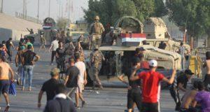 """44 قتيلاً في مظاهرات العراق … والحكومة تتهم """"مندسين"""" بقتل المتظاهرين!"""