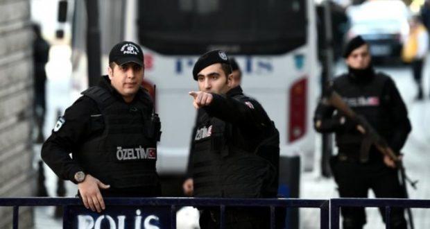 تركيا تبدأ ترحيل معتقلين من تنظيم الدولة إلى دولهم الأوروبية