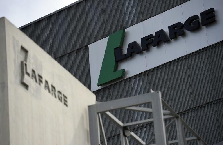 """القضاء الفرنسي يلغي ملاحقات لافارج الفرنسية بتهمة """"التواطئ بجرائم ضد الإنسانية"""" في سورية ويبقي على تهم أخرى"""