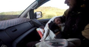 غارات روسية تدمّر مشفى للأطفال بريف إدلب