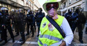 الخميس الأسود الإضراب الأكبر من نوعه و250 نقطة تظاهر يشلان فرنسا