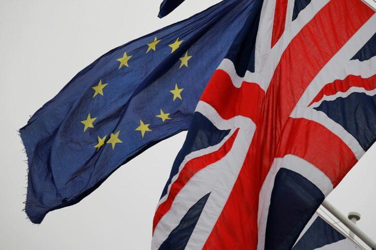بريطانيا تخرج رسمياً من الاتحاد الأوروبي